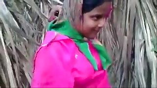 Indian Young Desi Village Girl Fucking Outdoor - Wowmoyback